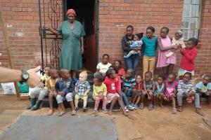 Leo und seine neuen kleinen Freunde in SOWETO