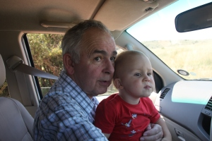 Opa und Leo auf Minisafari